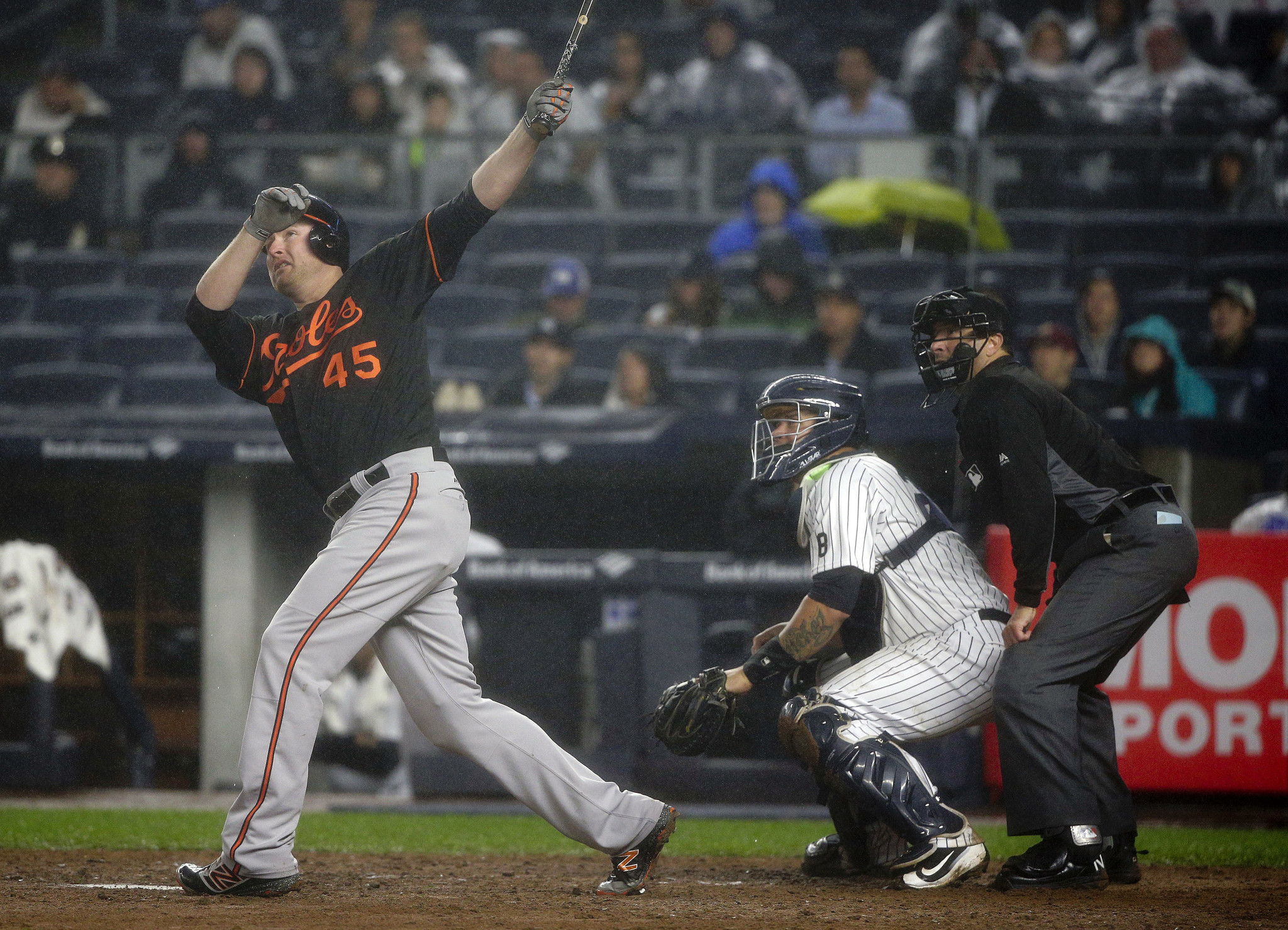 Bal-mark-trumbo-rejects-orioles-qualifying-offer-team-will-get-draft-pick-if-he-signs-elsewhere-20161114