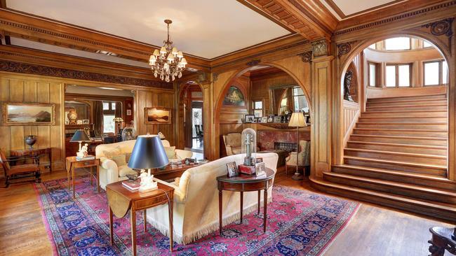 Elderly Windsor Square Victorian Mansion Was No Wallflower