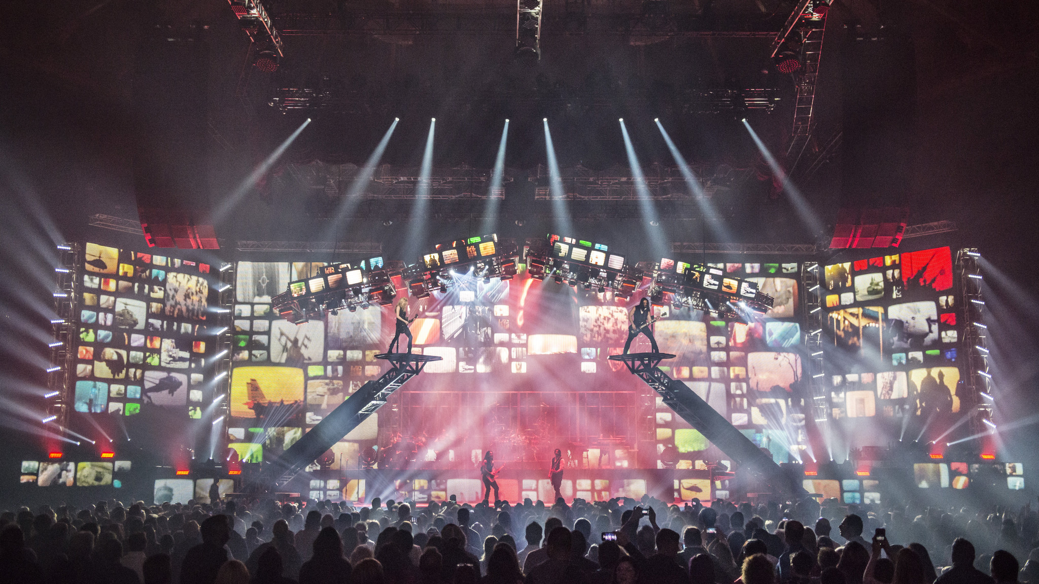 interviewing trans siberian orchestra founder paul oneill after 20 years band offers ghosts of christmas present the morning call - Trans Siberian Orchestra Christmas Canon Rock