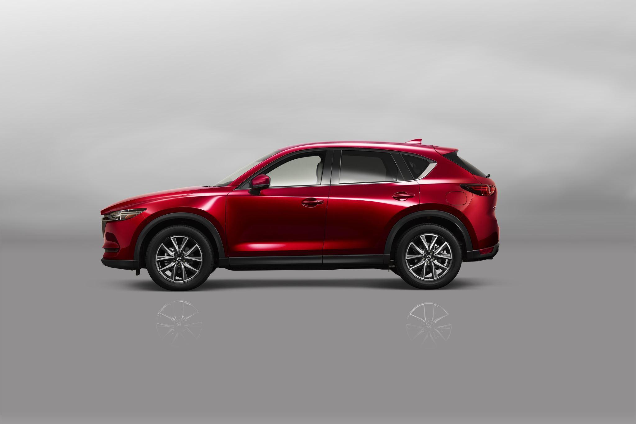 2017 Mazda CX 5 pushes into premium segment Chicago Tribune