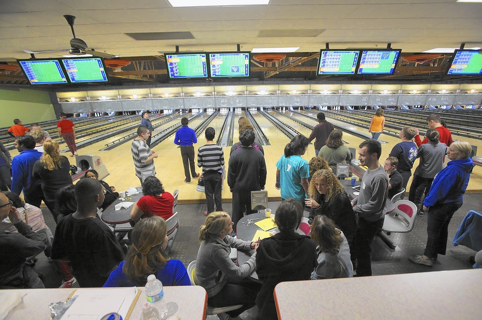 Transition Students Fill Westmont Bowling Center For