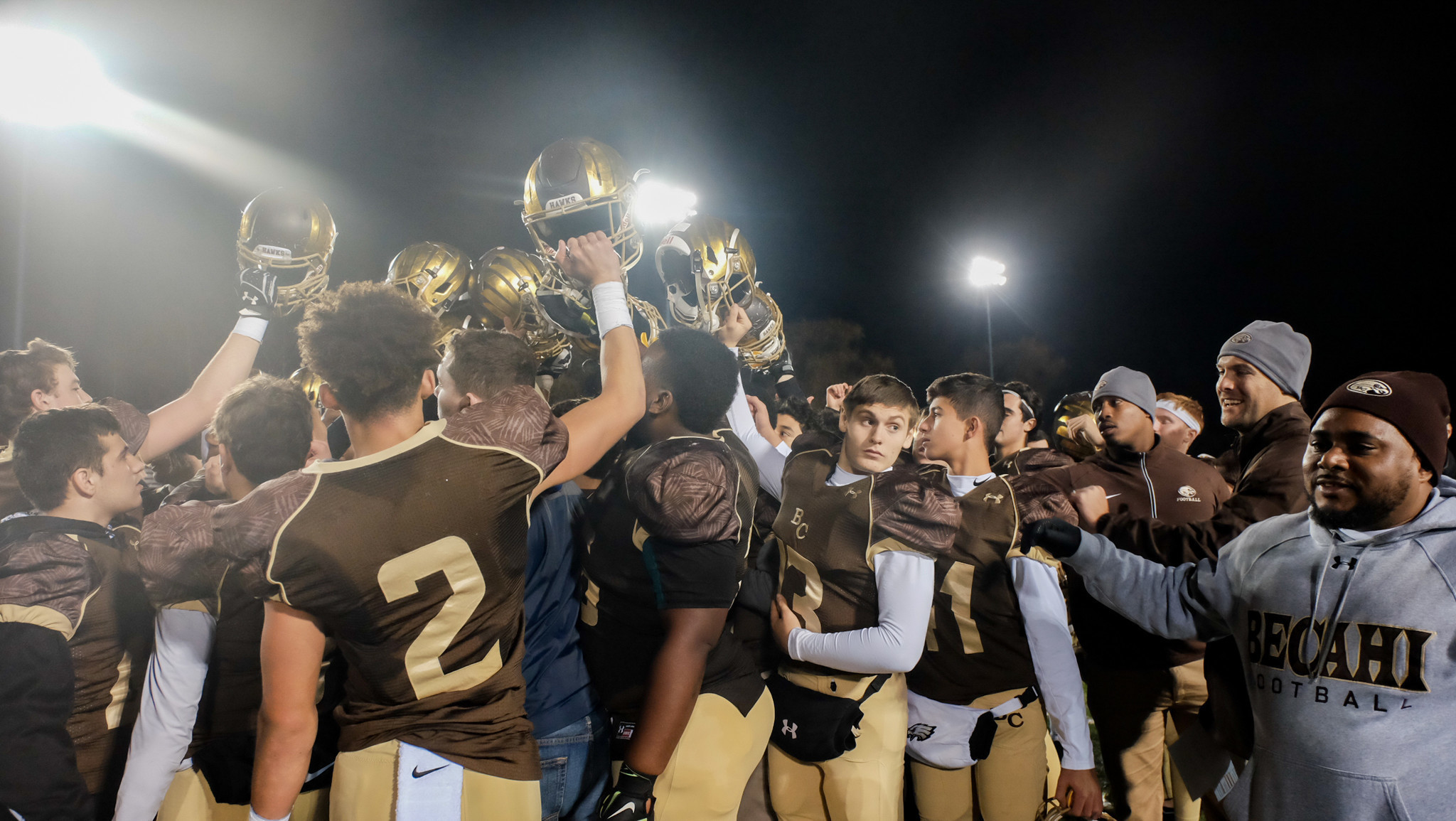 Big plays carry Bethlehem Catholic to 51-20 PIAA playoff win over Pottsgrove - The Morning Call