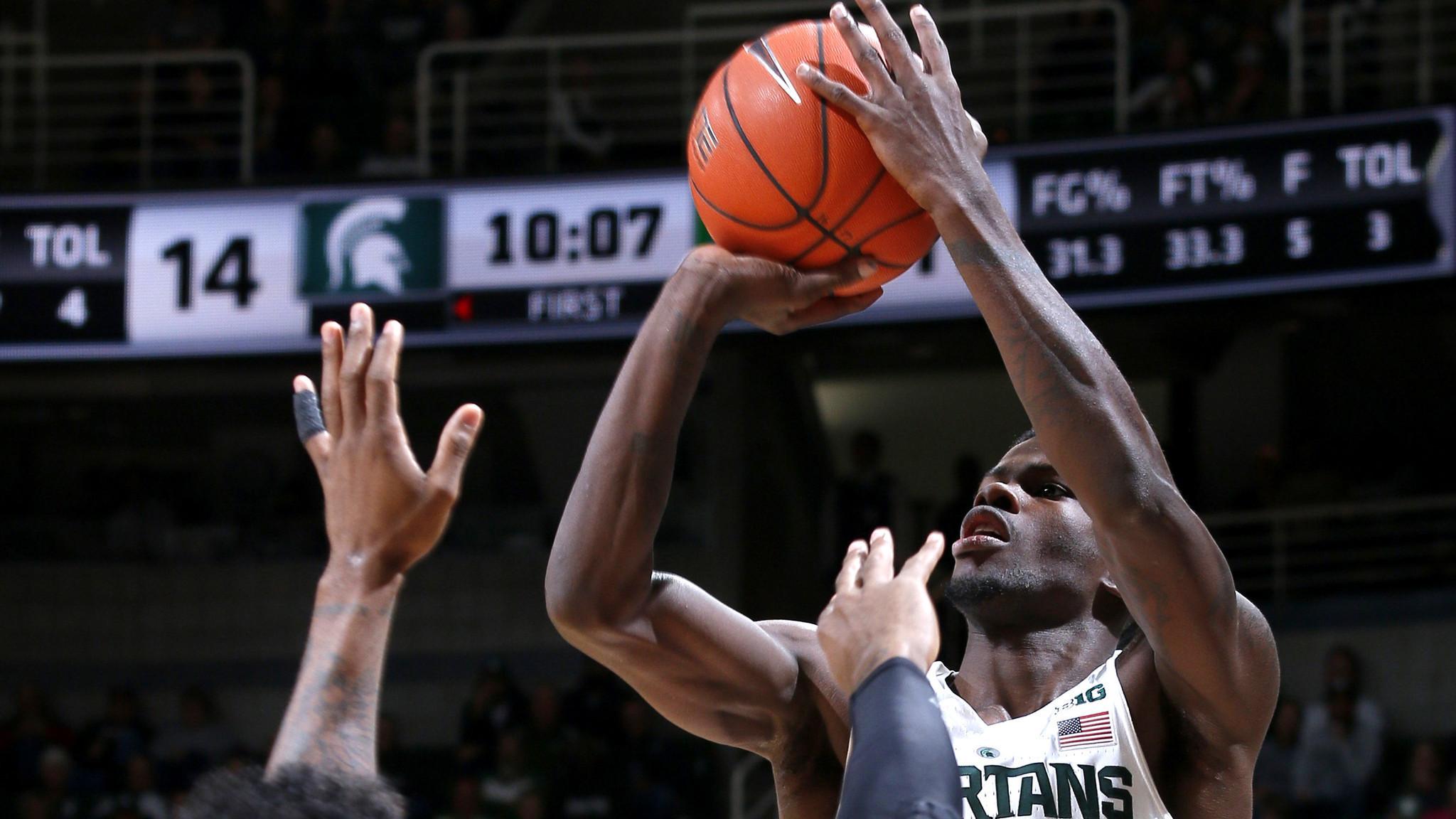 La-sp-college-basketball-roundup-20161120