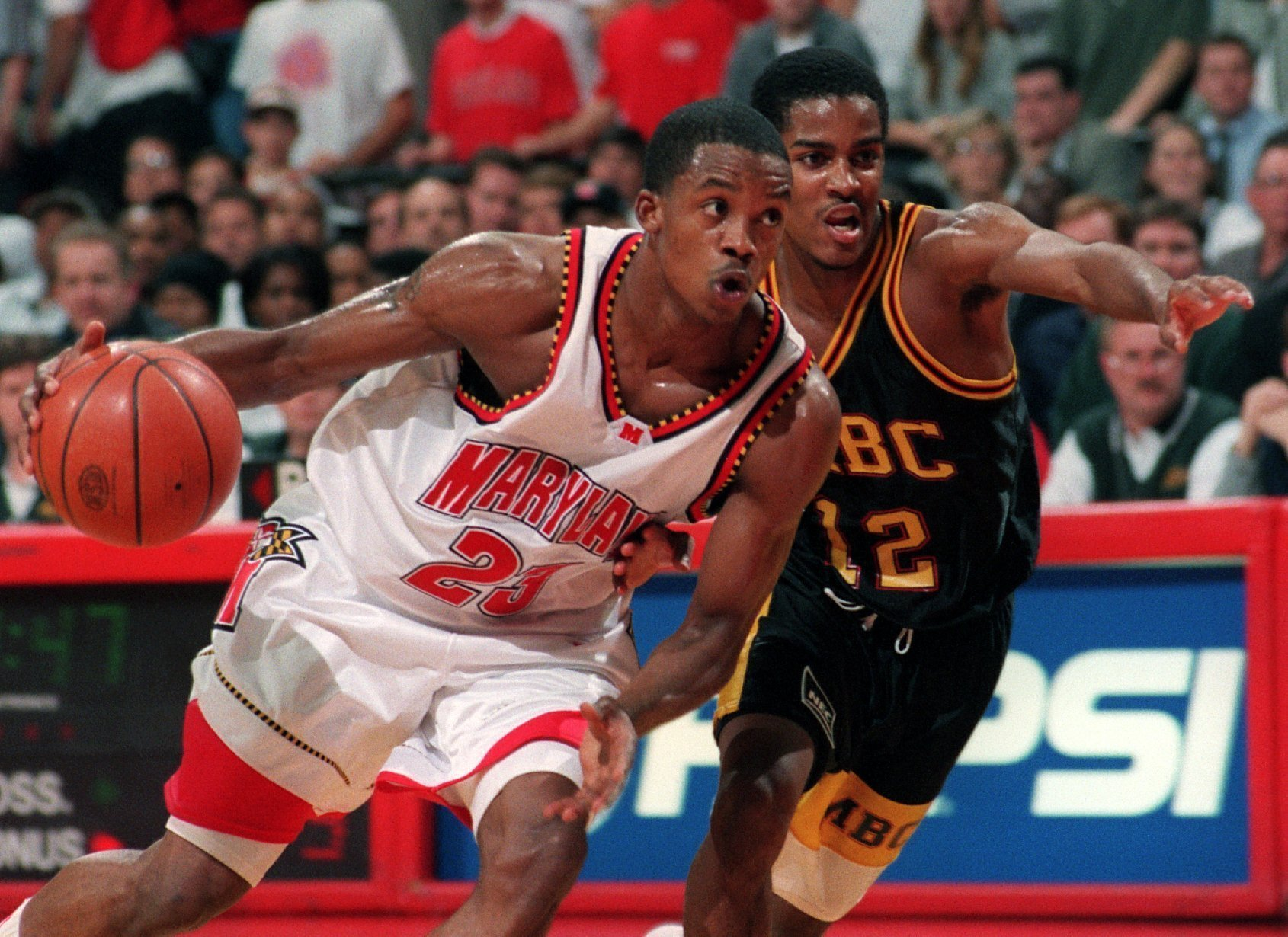 Former Terp Steve Francis charged with threatening officer in