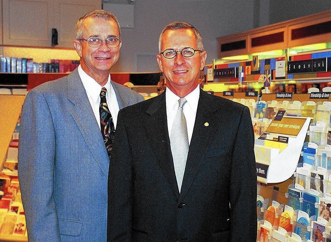 Family Feud Erupts At Hallmark Dealer Chicago Tribune