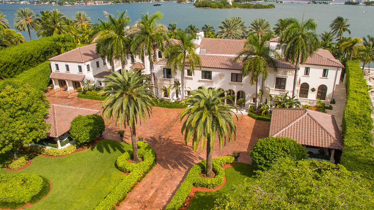 Star Island estate has 40 rooms, $65 million price tag