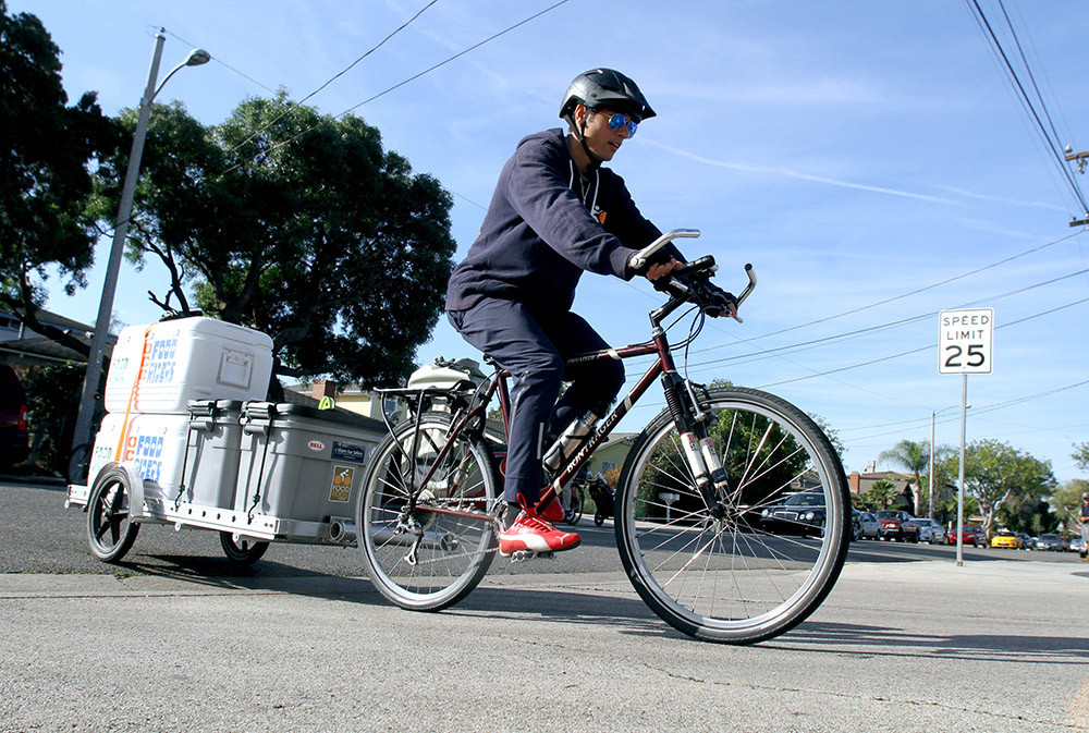 food riders of orange coast college make food delivery for