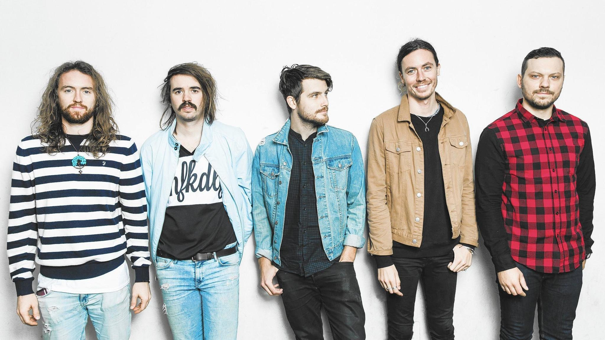 hands like houses broadens sound finds bigger crowds with