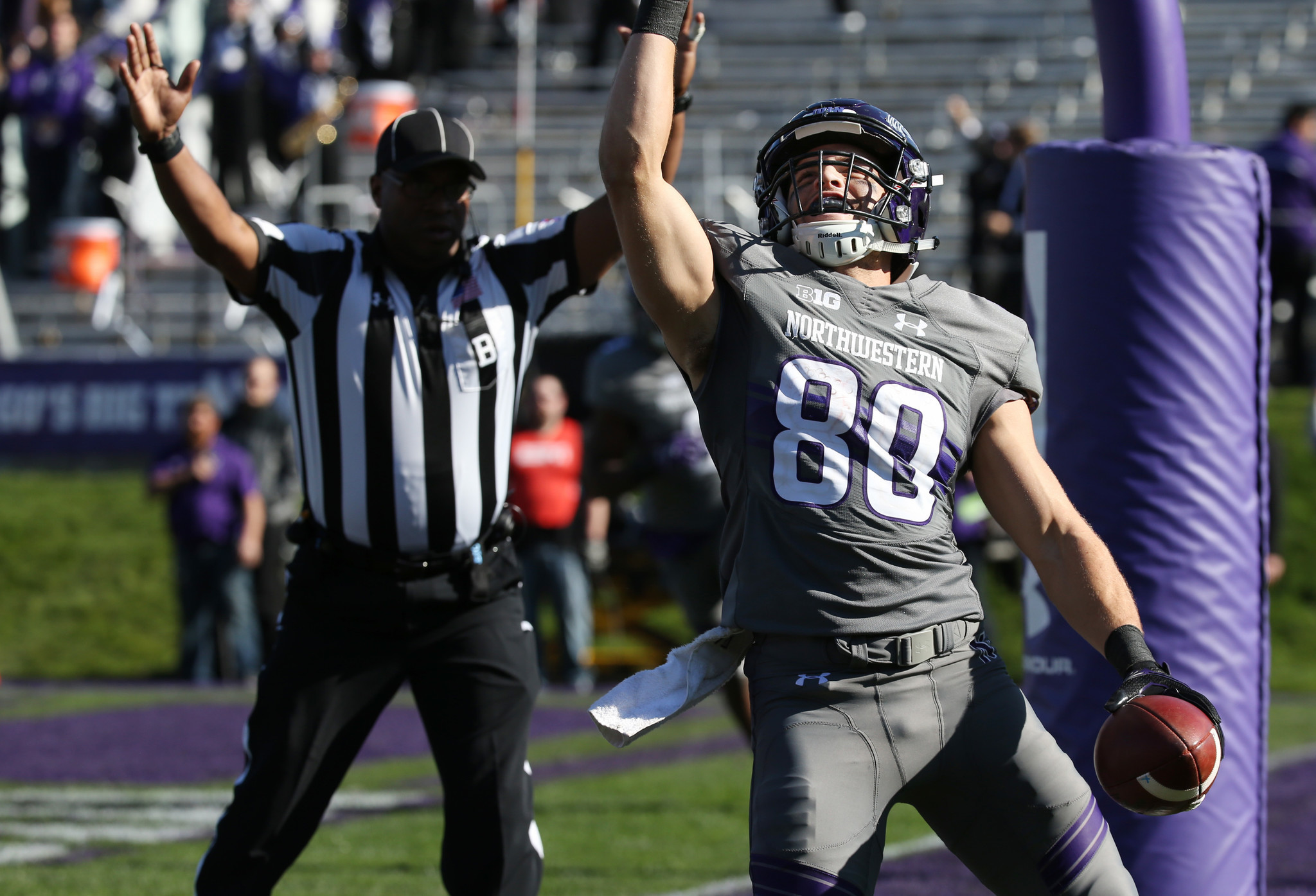 Northwestern s Austin Carr Big Ten s top receiver loves to give