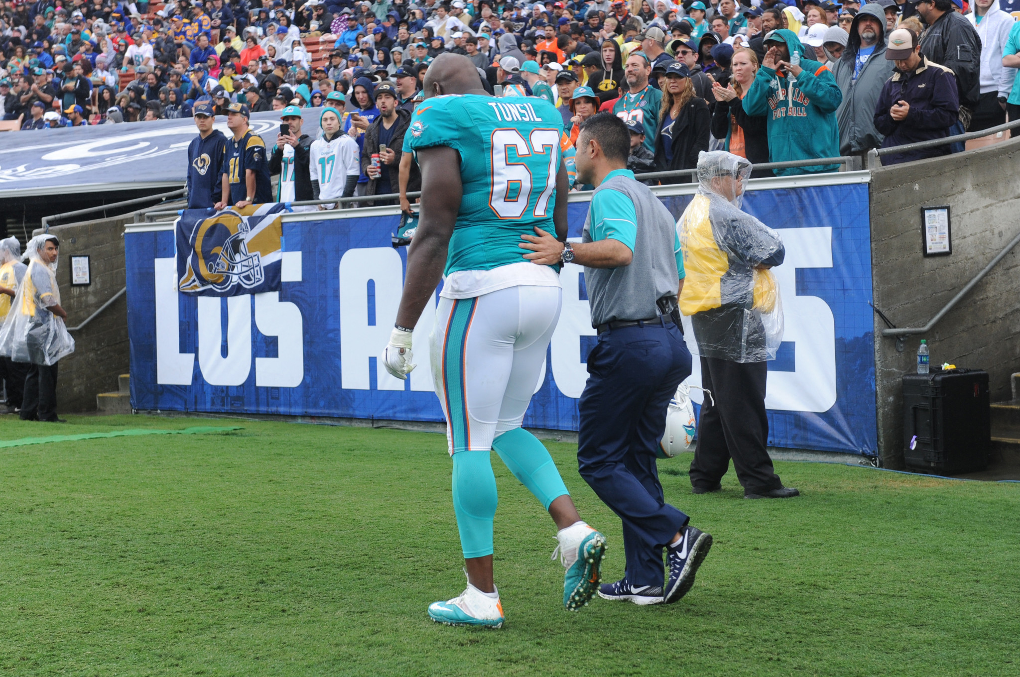 Dolphins rookie Laremy Tunsil shoulder inactive OL will have
