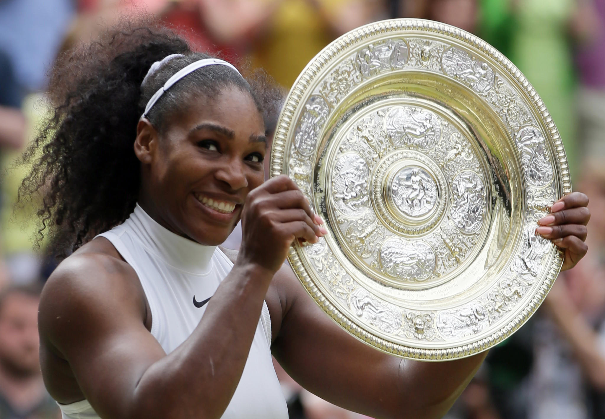 McEnroe suggests men v women contest to solve Serena debate