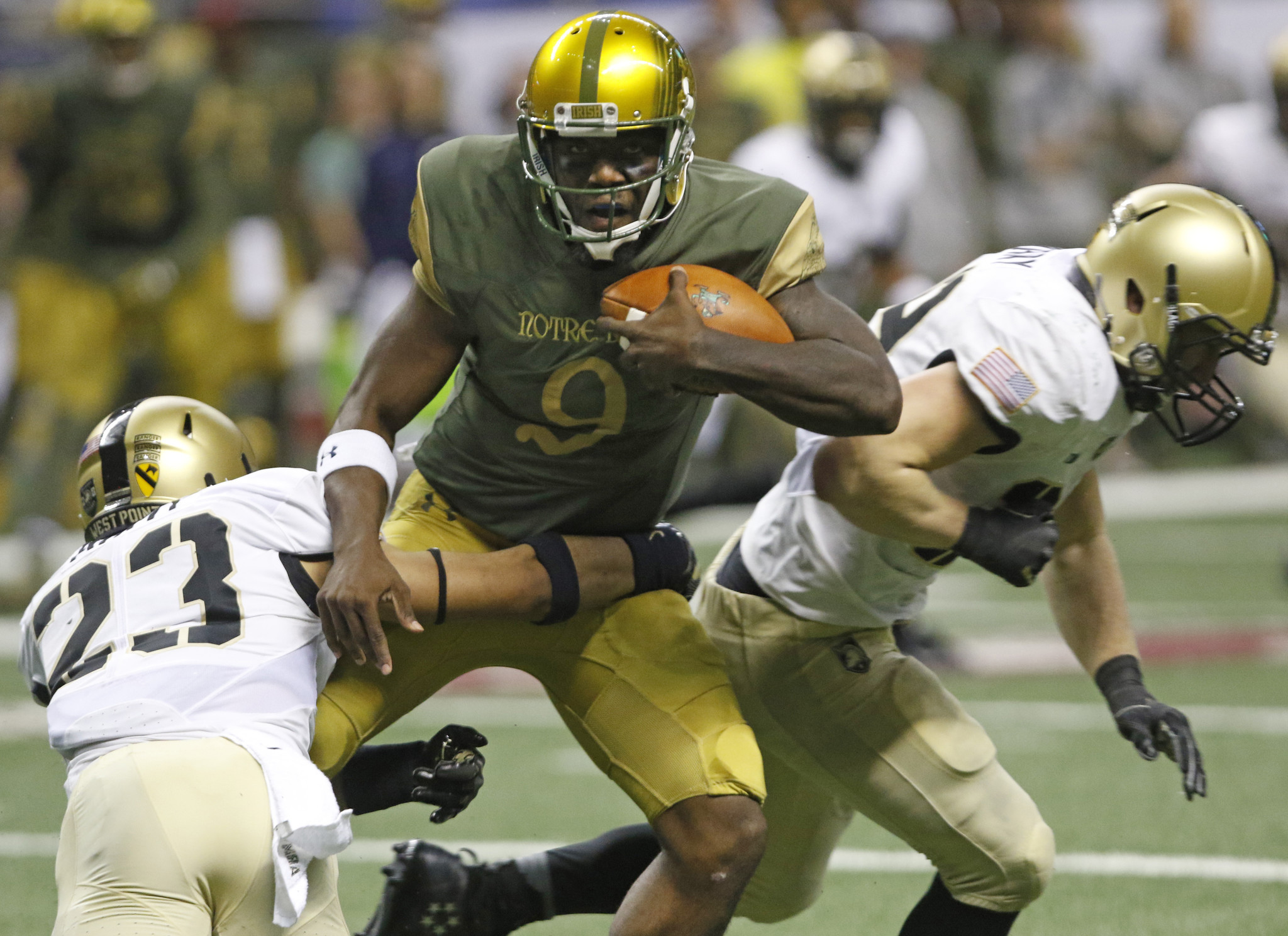 QB Malik Zaire released from Notre Dame, with conditions