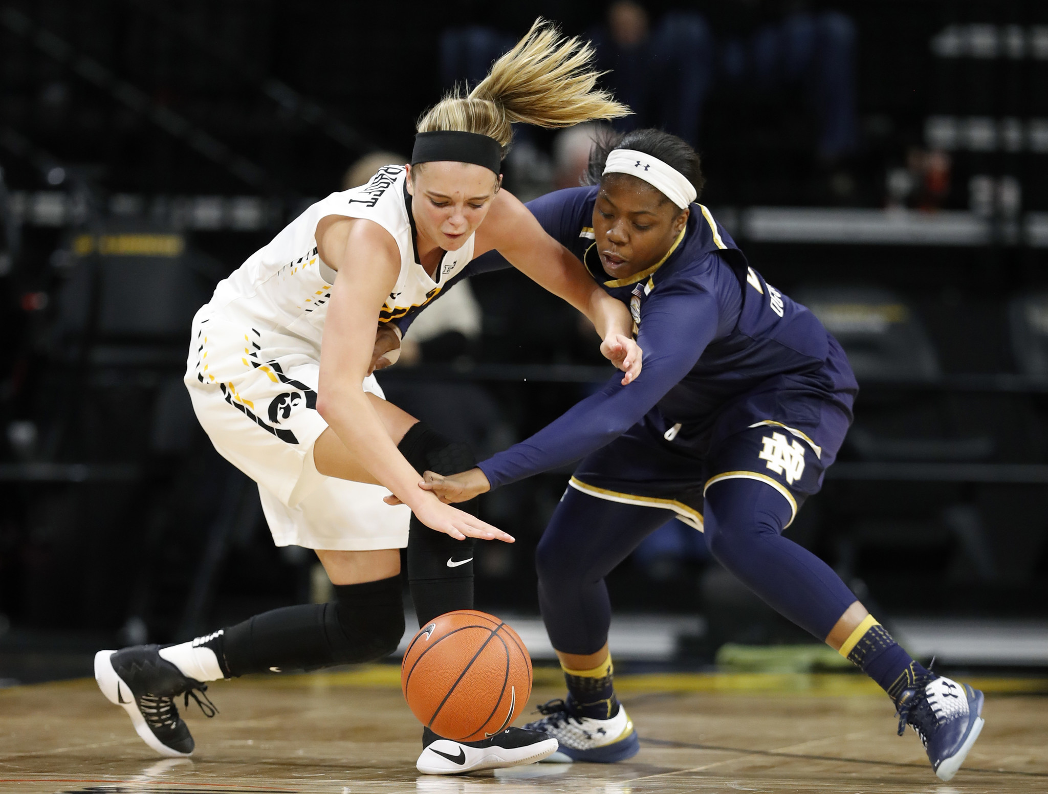 Ct-local-college-basketball-roundup-spt-20161130
