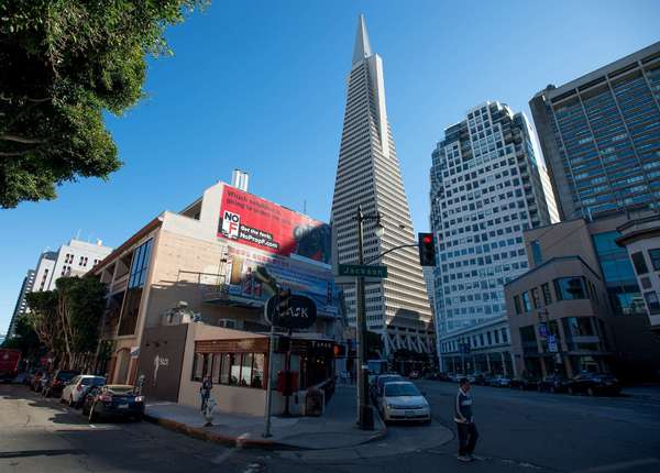 City worker fatally shot while cleaning graffiti in San Francisco