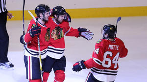 f2cd4a0e7e4 Marian Hossa goal lifts Blackhawks to 4-3 victory in overtime. Chicago  Blackhawks