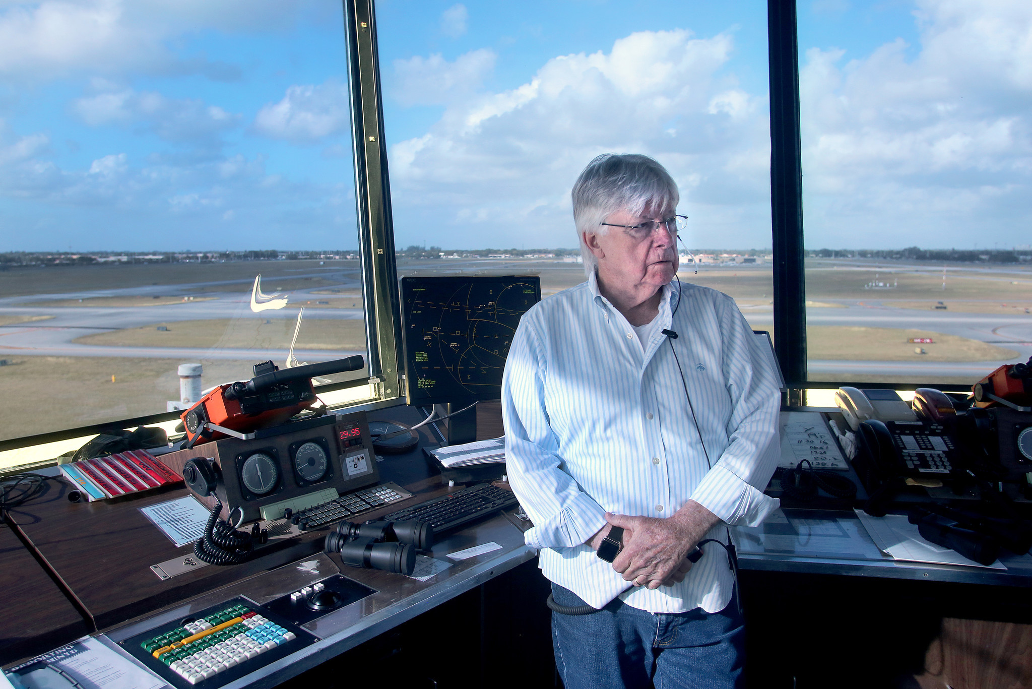 Veteran Eye On The Skies Oldest Air Traffic Controller In World