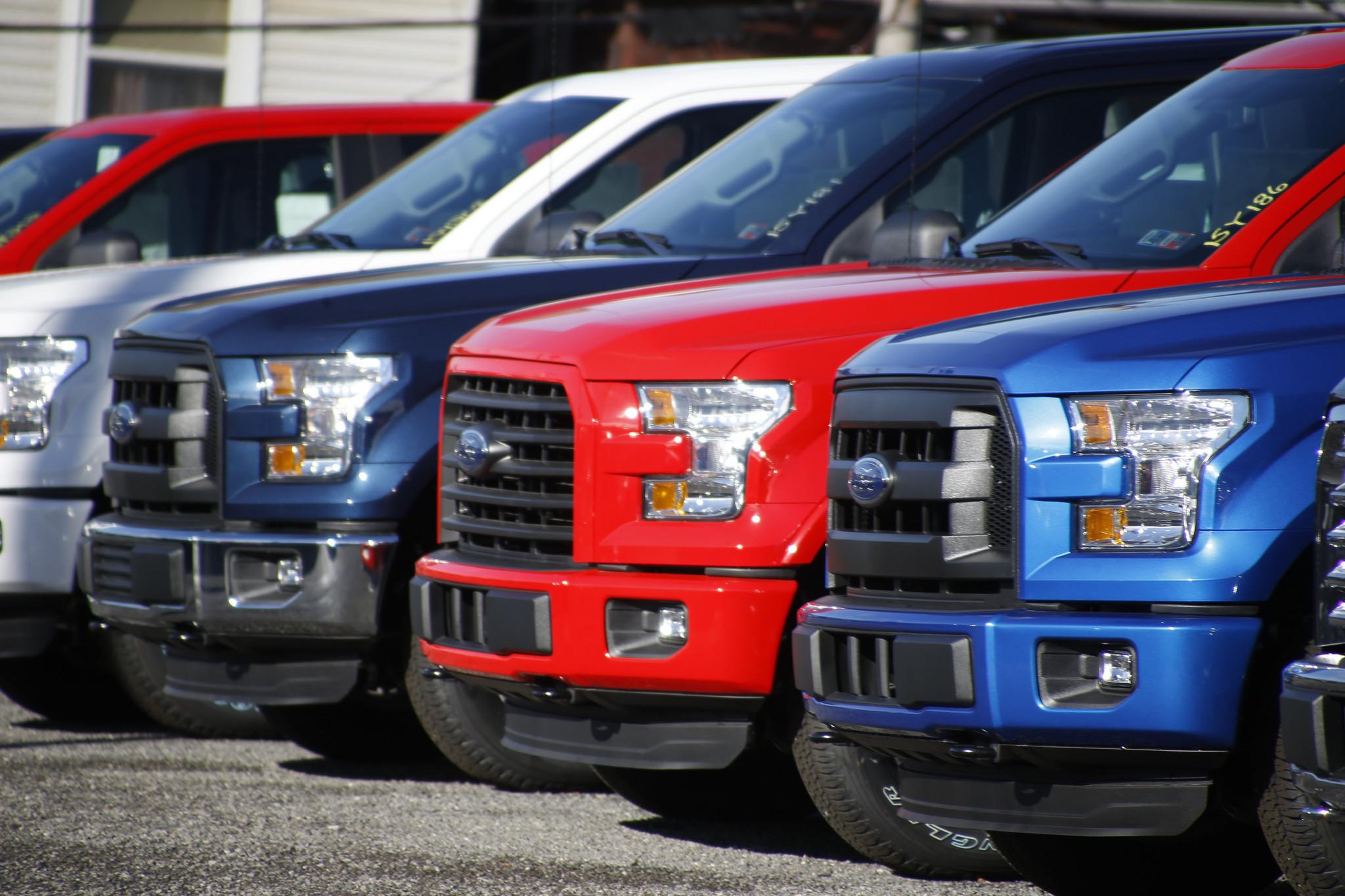 California Auto Sales >> California Vehicle Sales Finally Stall Falling Just Short Of Six