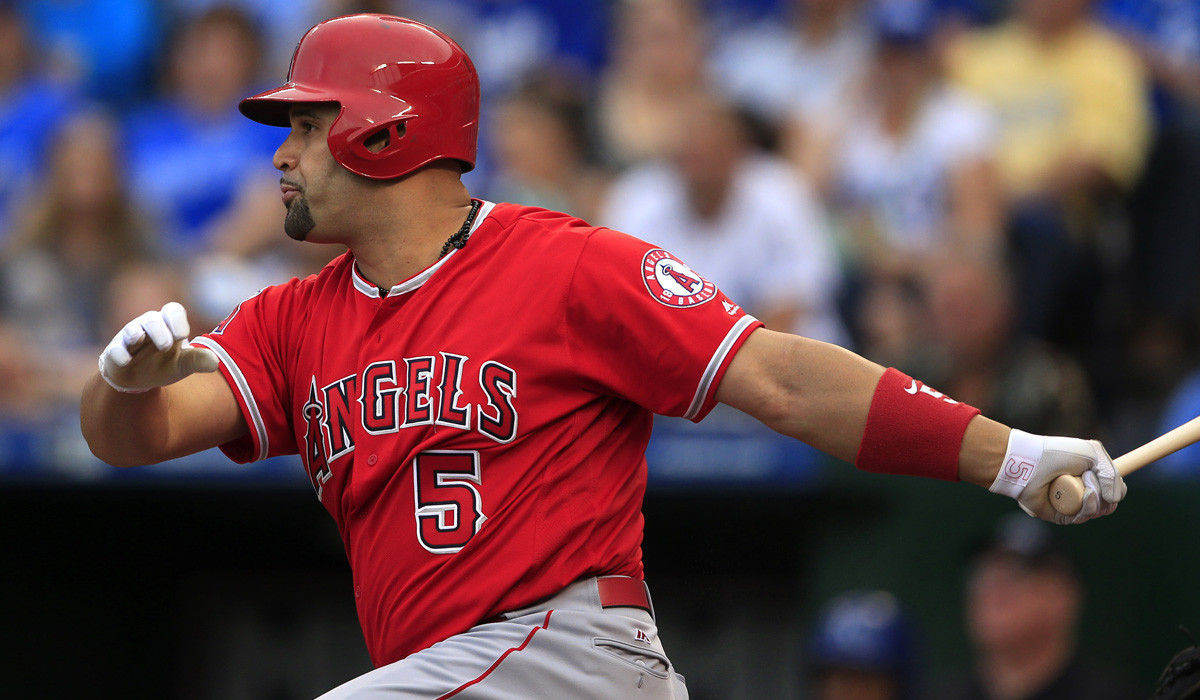 La-sp-angels-pujols-surgery-20161202