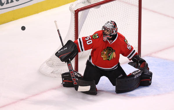 Corey Crawford out with appendectomy; Blackhawks fall 3-1 to Flyers
