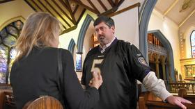 Non-denominational Evangelical minister, Episcopal priest: One man leads two congregations in historic Catonsville church