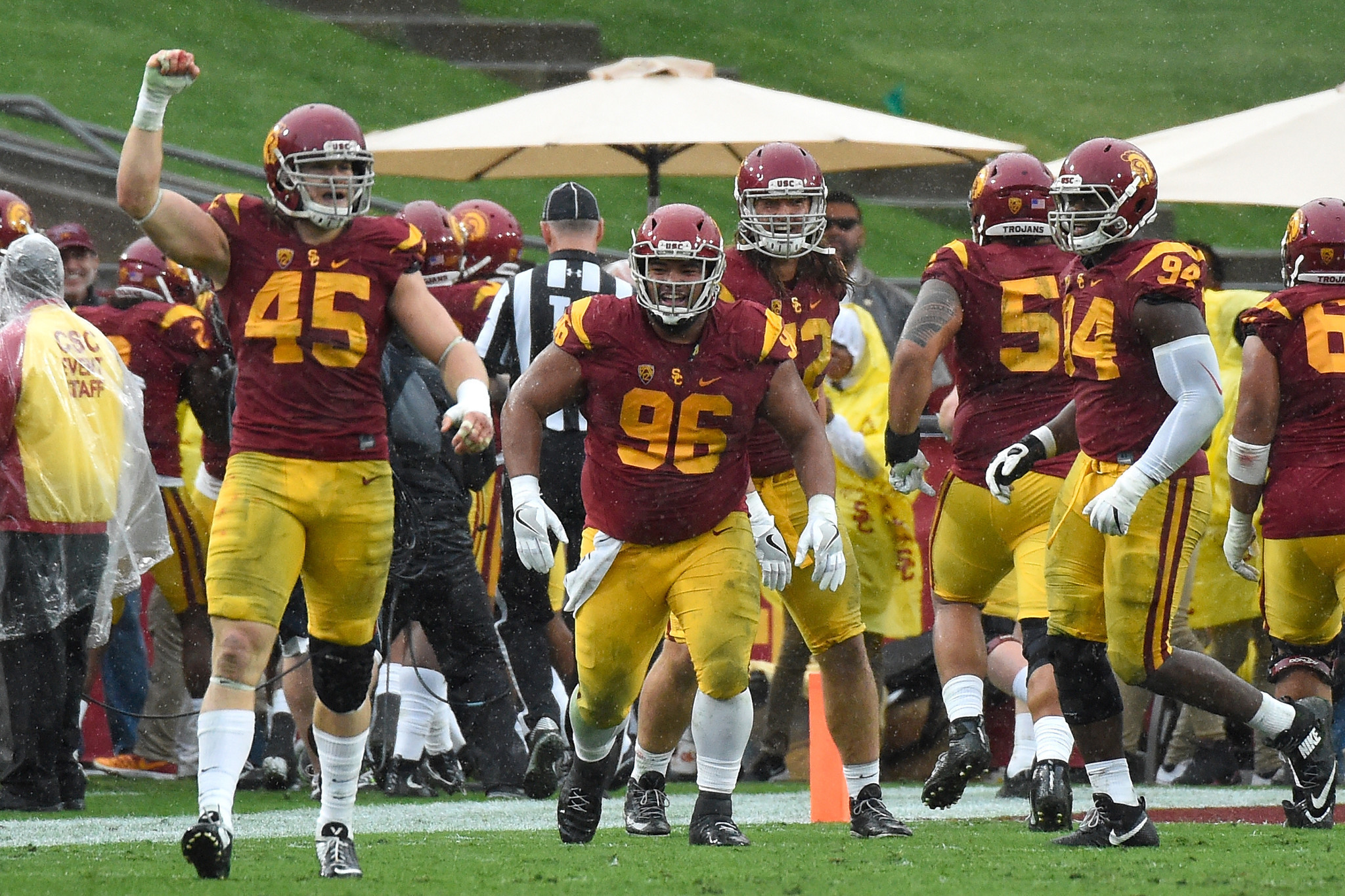 USC gets flowery treat for new year: Rose Bowl matchup ...