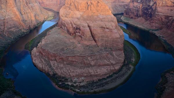 National park tips: See the Colorado River turn on itself like a coiling snake