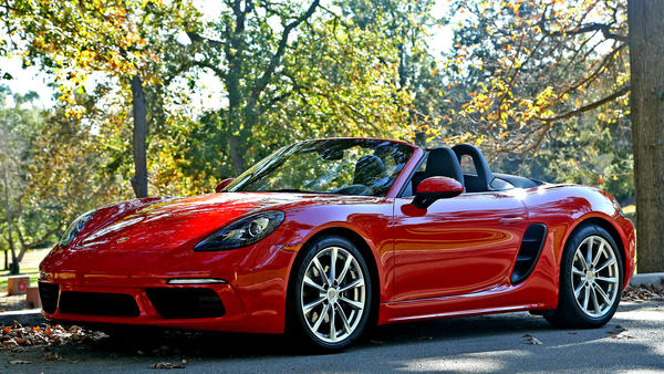 Porsche packs a punch in smaller-sized Boxster