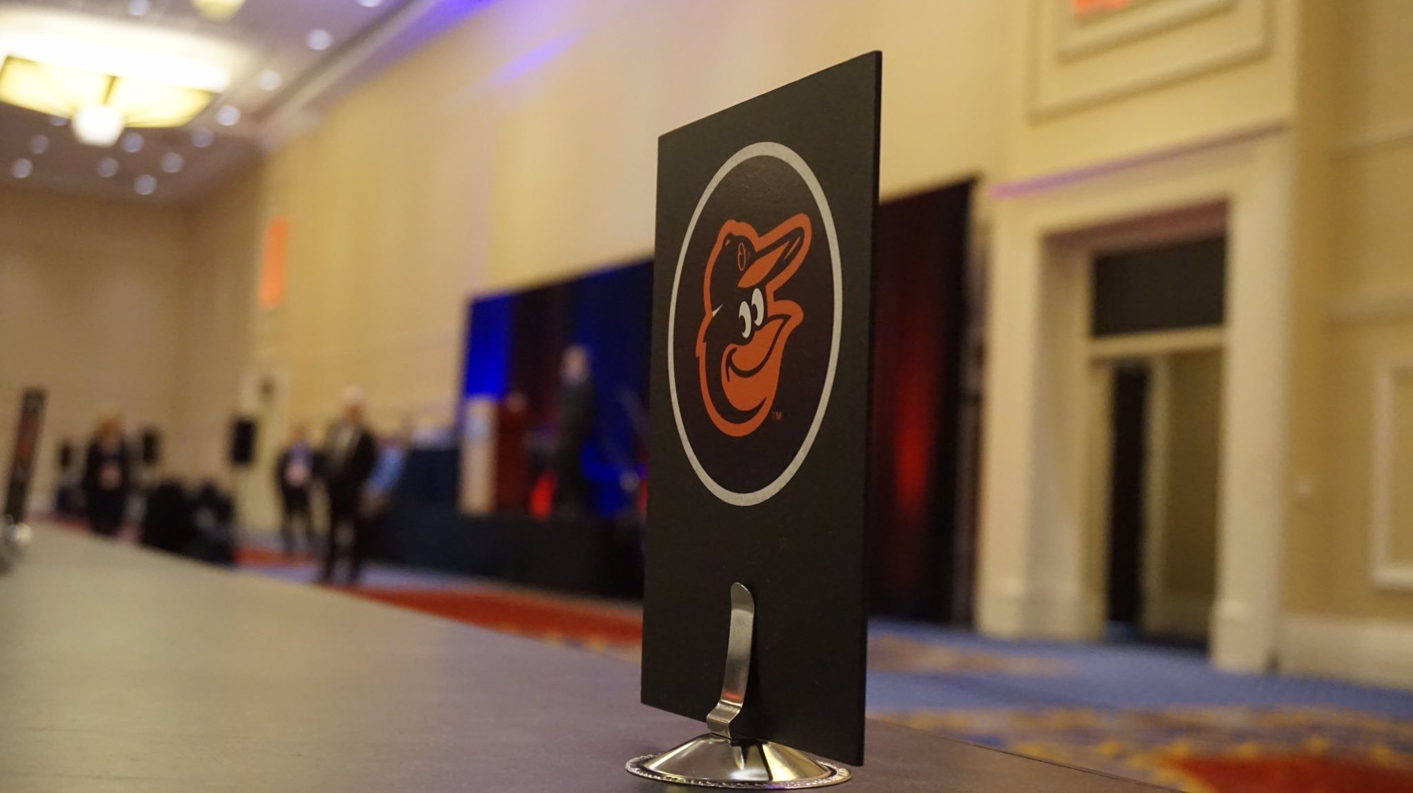 Bal-under-the-winter-meetings-spotlight-orioles-take-their-usual-spot-in-the-shadows-20161208