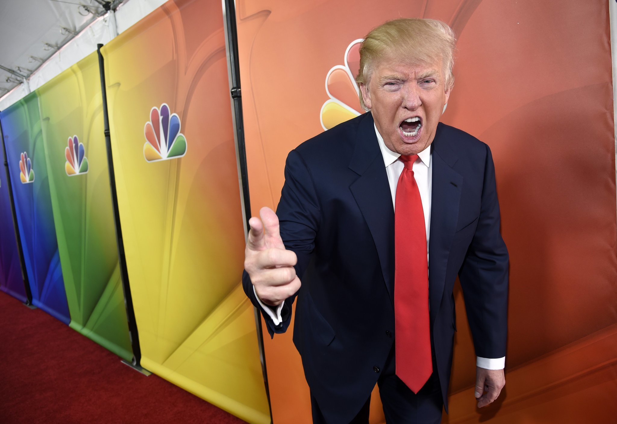 Donald Trump To Remain Executive Producer On Celebrity
