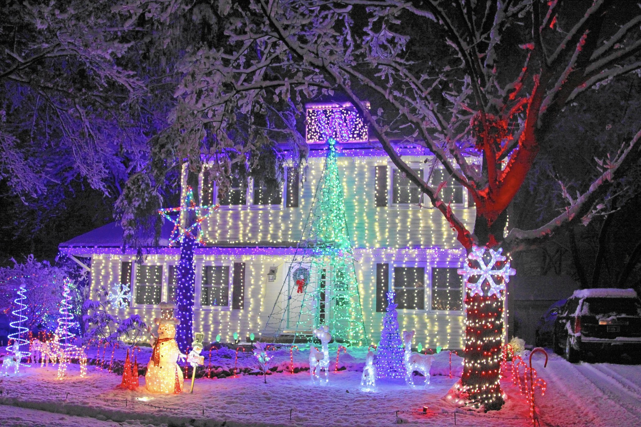 Guide to Naperville Christmas lights and holiday house displays ...