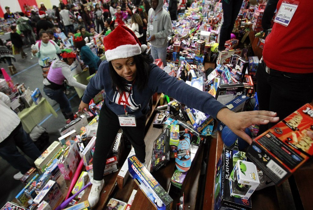 Toys For Joy : Toys and a lot of smiles at for joy the san