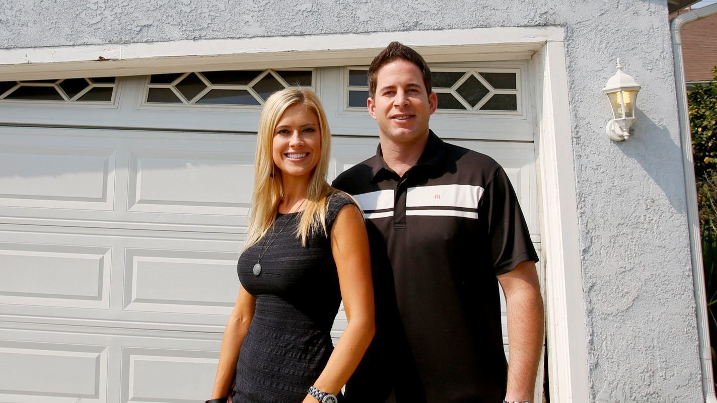 Hgtv 39 s 39 flip or flop 39 hosts separate after police incident for Flip this house host