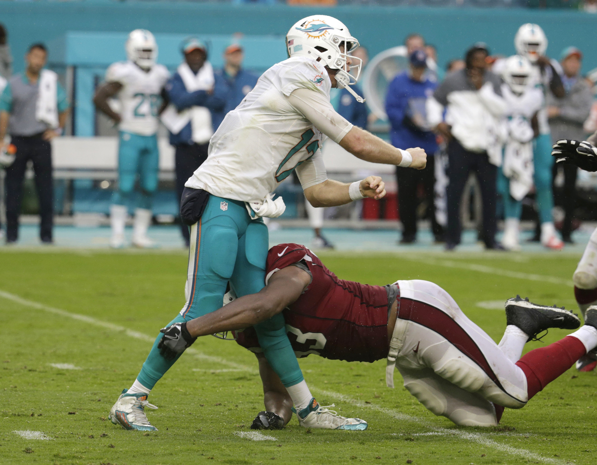 Cardinals Calais Campbell apologizes to Ryan Tannehill for low
