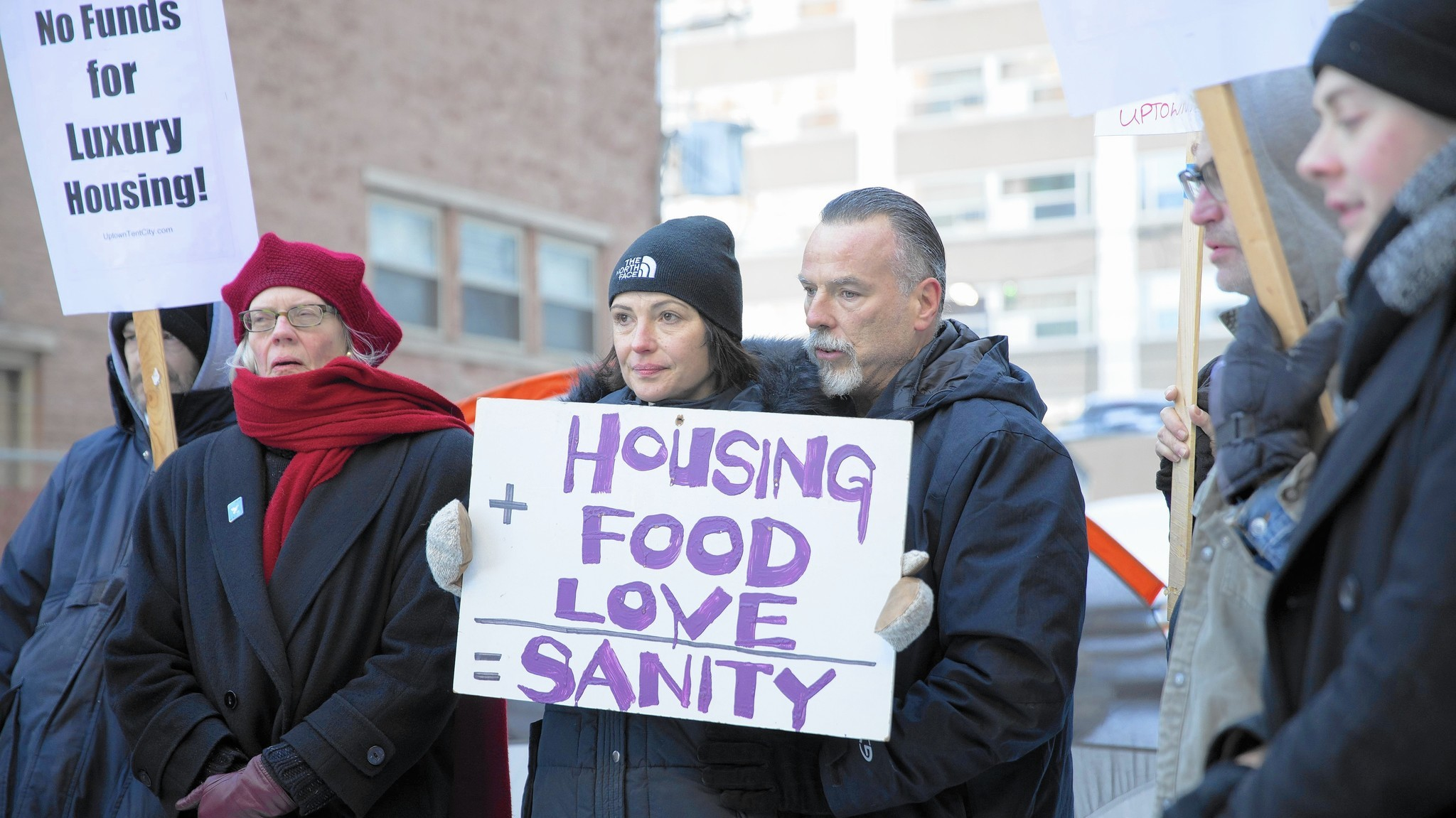 As Uptown Shelter Slated To Close Community Seeks Help For Homeless