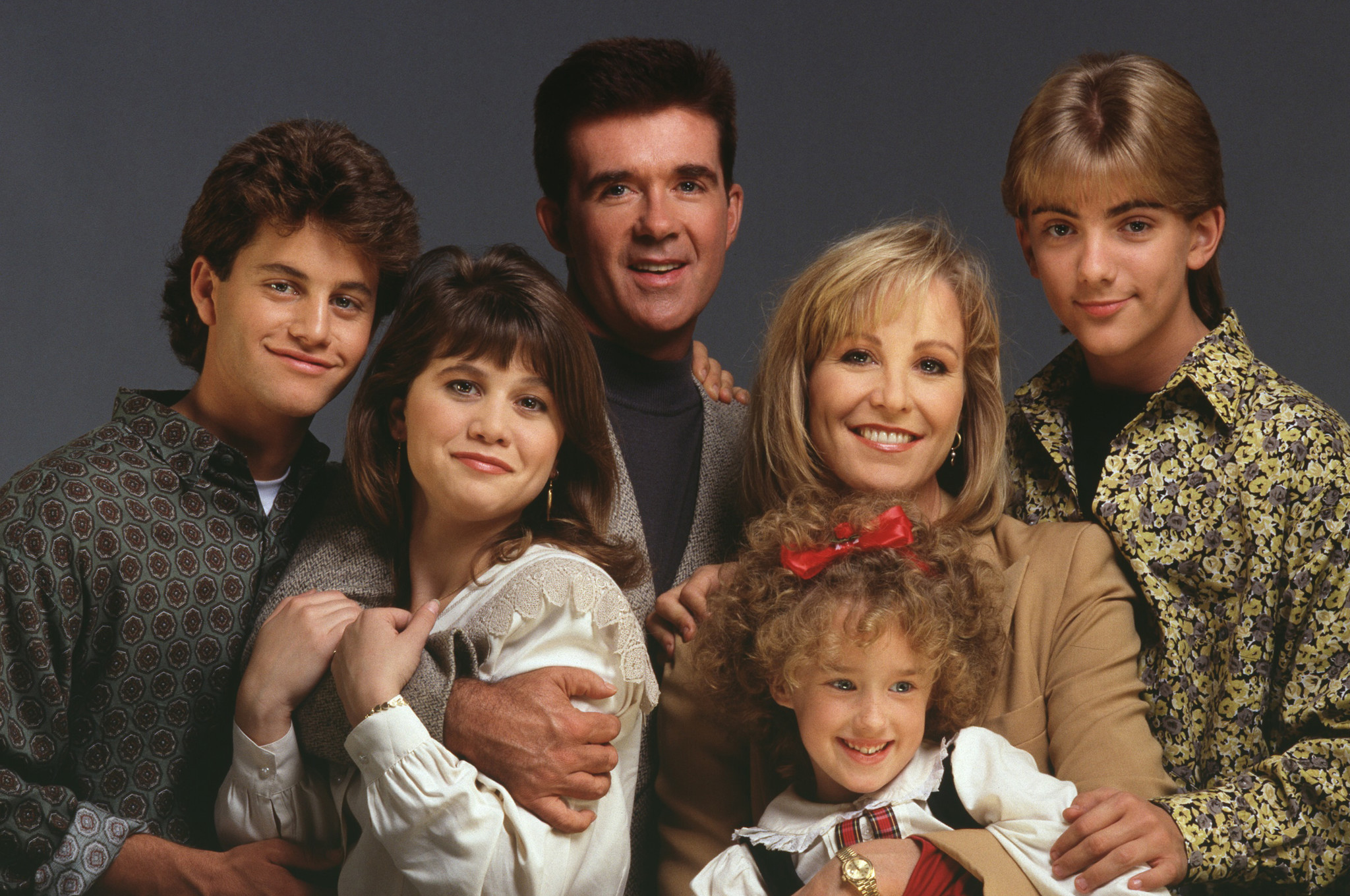 Alan Thicke and the cast of Growing Pains had to over e