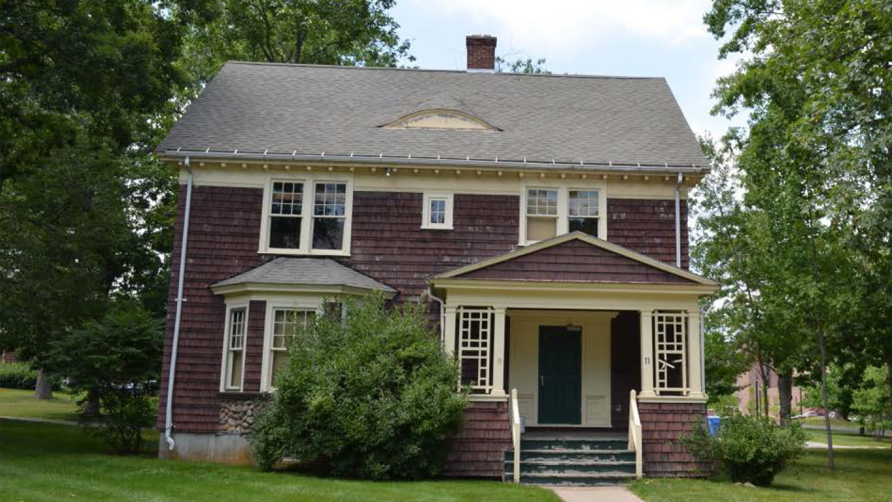 Uconn To Demolish Seven Of Nine Faculty Row Houses Hartford Courant