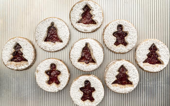 Vegan Linzer cookies