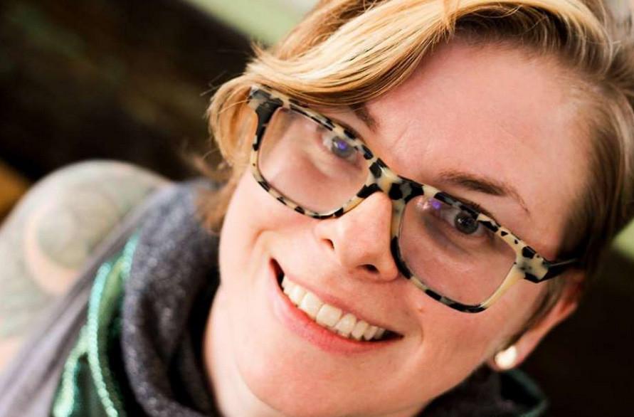 Amanda Kershaw, 34