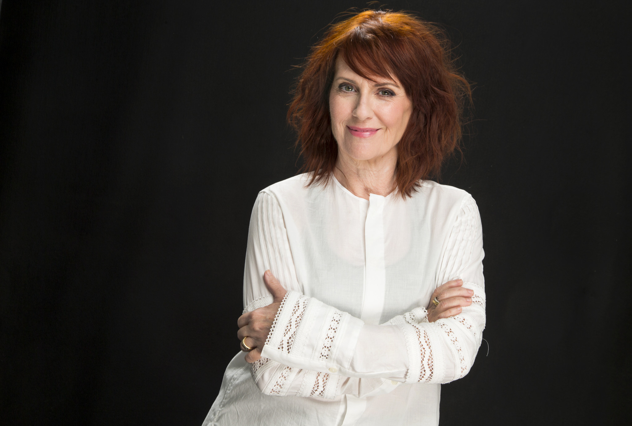 Megan Mullally Megan Mullally Reveals Complex History She Shares With Julia Louis