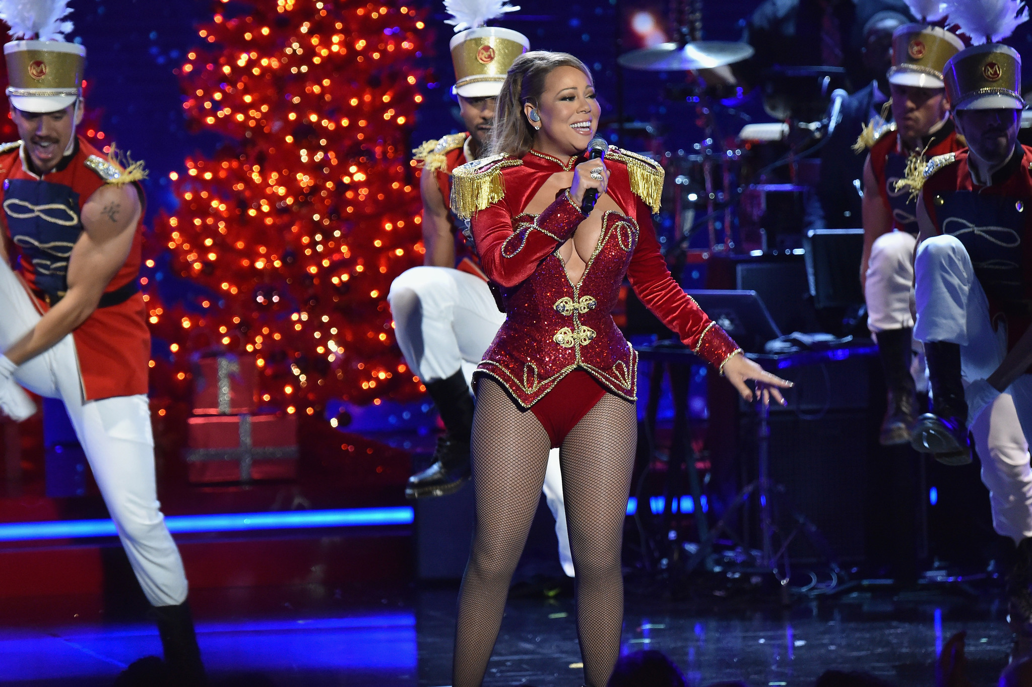 all i want for christmas is you forget it if youre not mariah carey chicago tribune