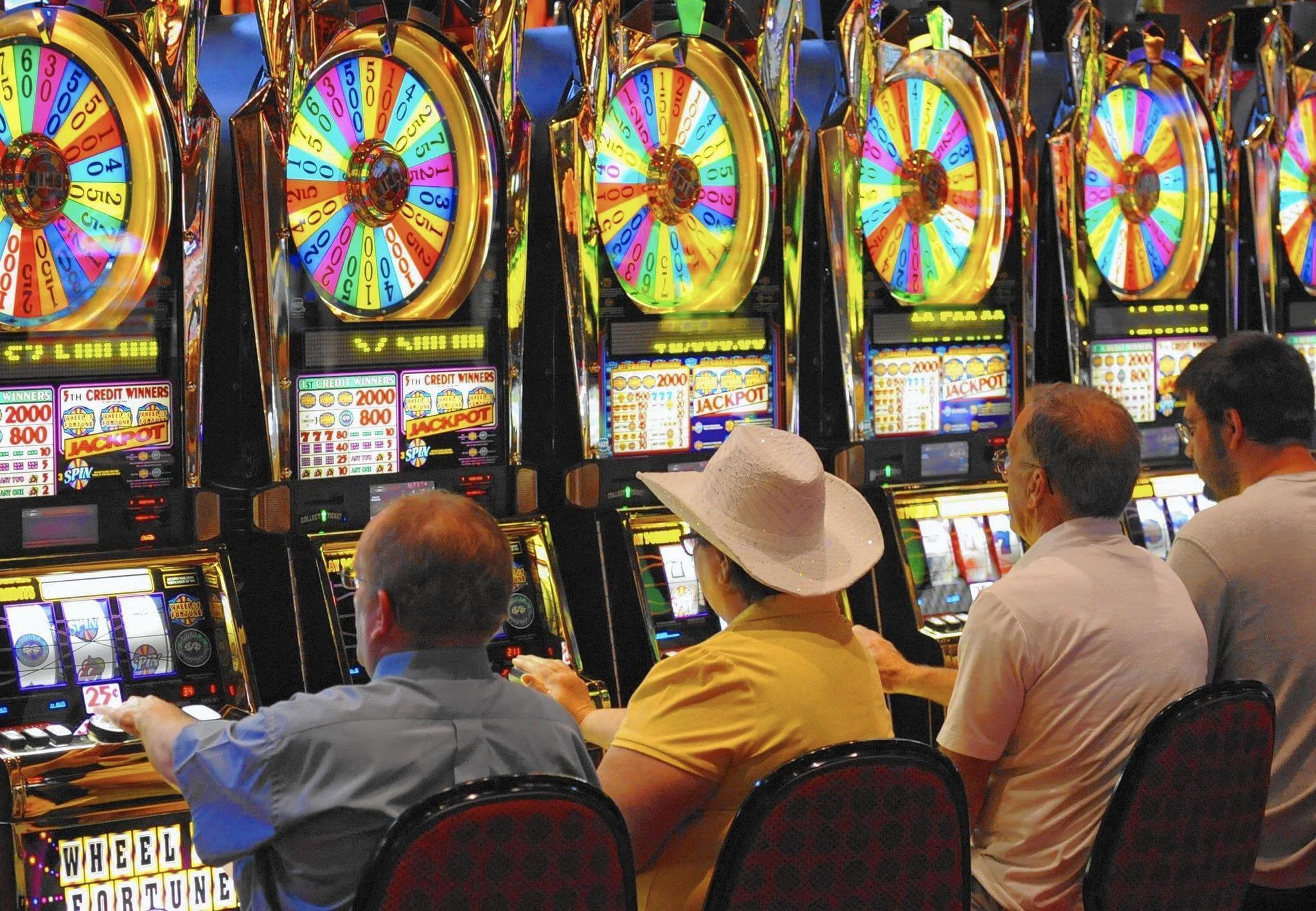 Стрим казино Far Land