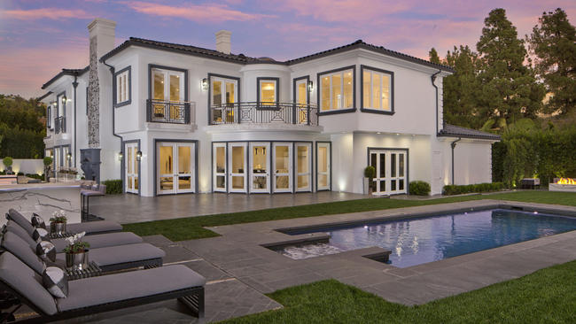 House in Beverly Hills is reinvented as a luxury estate LA Times