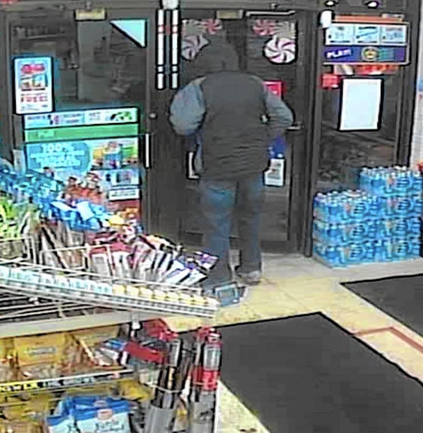money taken during st charles 7 eleven robbery   aurora