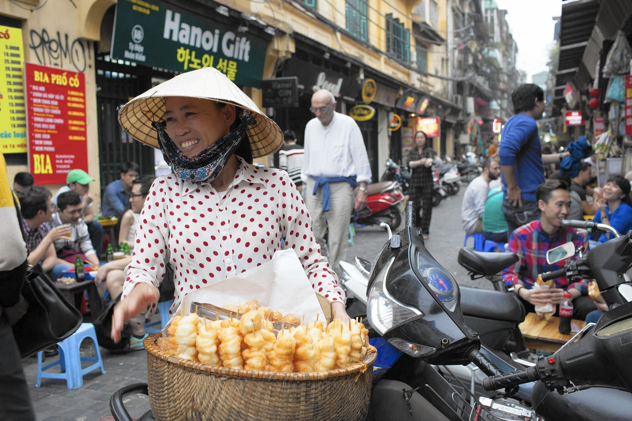 Shifting visa fees can make travel to Vietnam confusing, costly