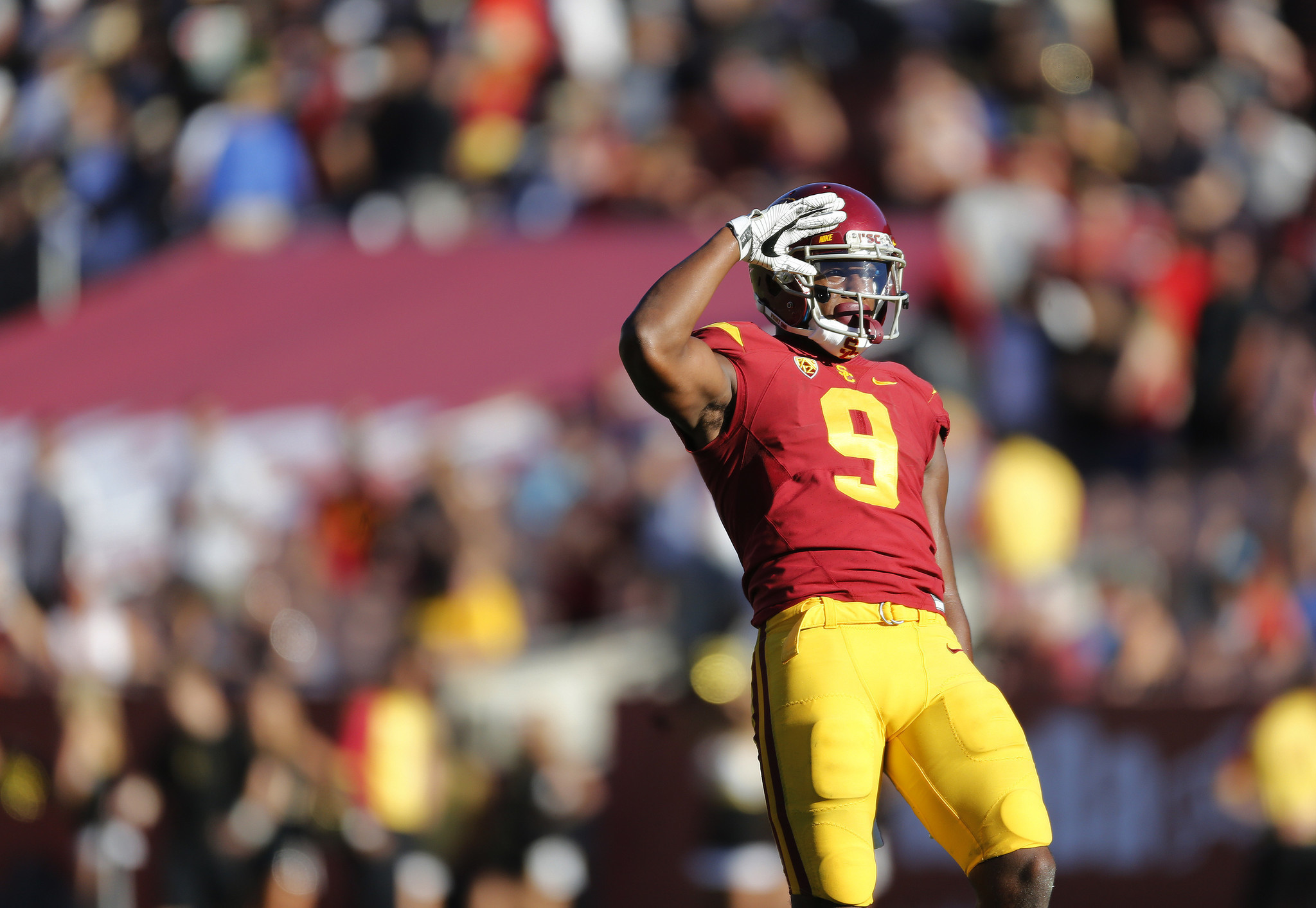 Skip a bowl game for the draft? Not for the Rose Bowl, USC ...