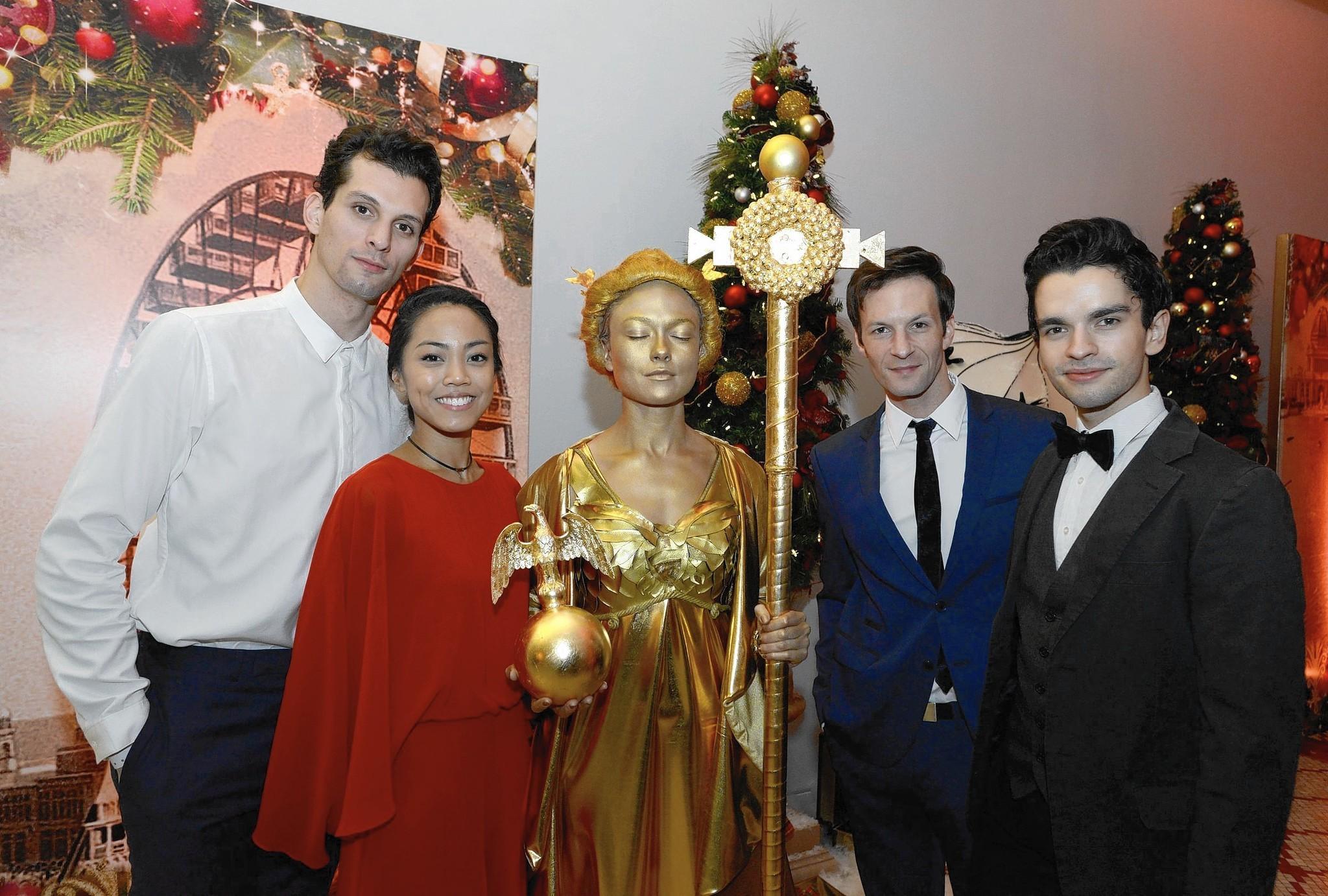 Joffrey Ballet celebrates 'Nutcracker' opening