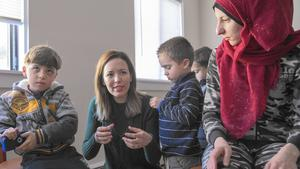At Christmas, church helps to welcome refugees