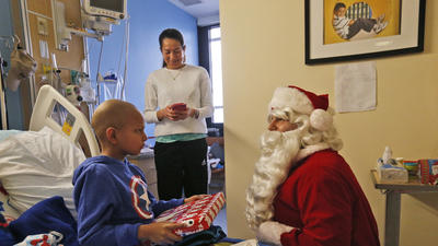 Santa's Christmas gift-giving has nothing to do with whether kids are naughty or nice, study shows
