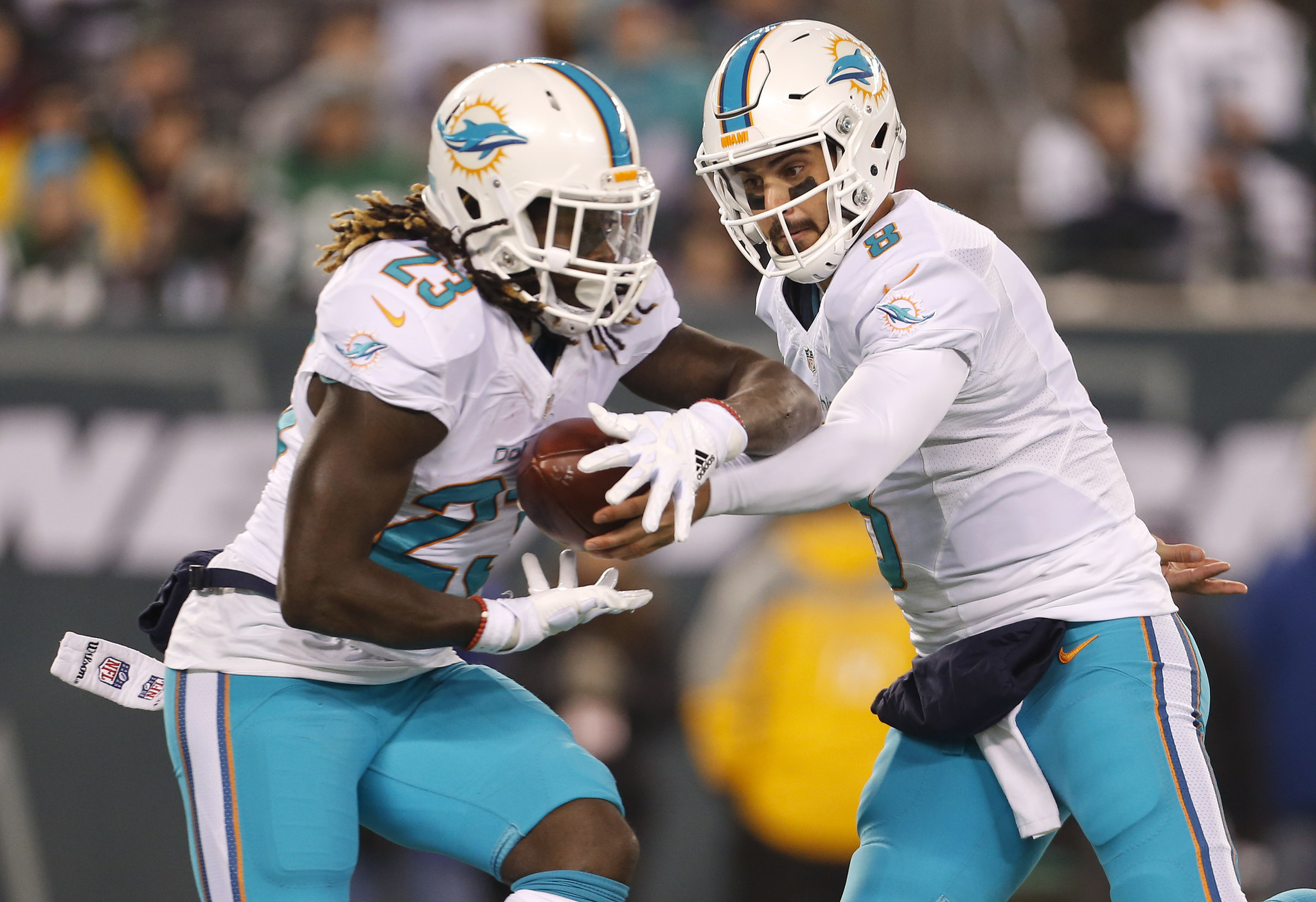 Dolphins expect Jay Ajayi (shoulder) to play against ...