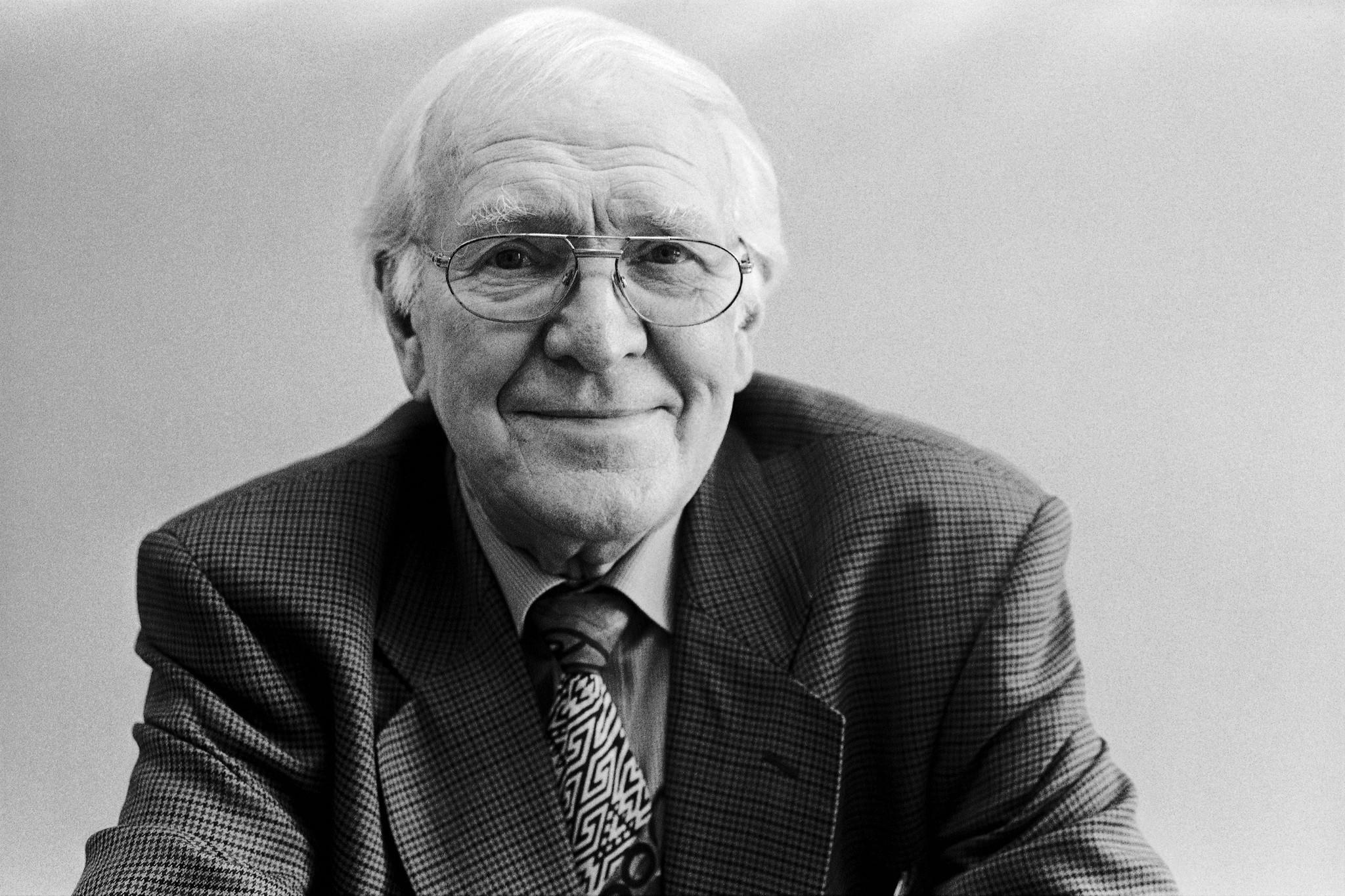"Peter Badge's ""Nobel Laureate: Sir James W. Black/UK, Physiology or Medicine, 1988,"" 2002, analog photograph."